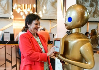 004b_GrupoADD_Robot_para_Hoteles_Tokyo_Robot