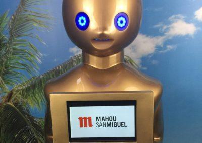 Foto-Robot-Tokyo-Mahou-San-Miguel-5